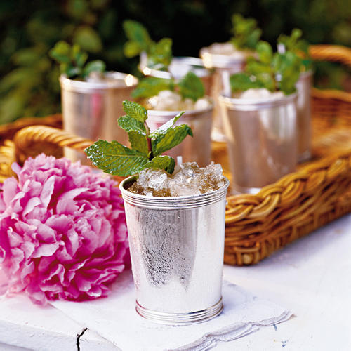 Stir Up A Classic Mint Julep