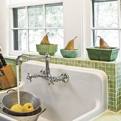 Vintage Farmhouse Kitchen Sink : Old+Farm+House+Kitchen+Sinks Retro Reproduction Sink - Farmhouse Sinks ...