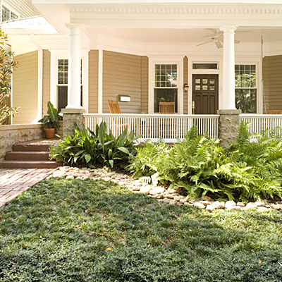 Easy no mow lawns southern living for Grass garden ideas