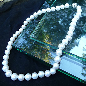classic southern pearl jewelry southern living