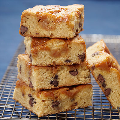 Caramel-Chocolate Chip Cookie Bars Recipe - Best-Loved Cookie Recipes ...