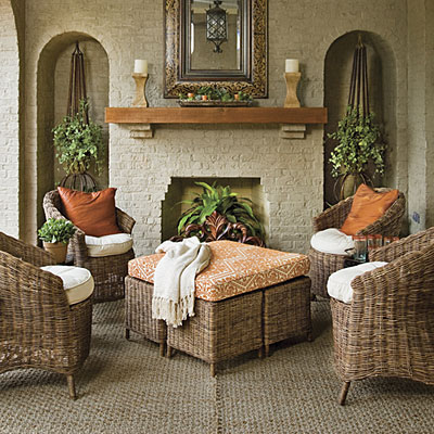 Thoughtfully chosen fabrics for the upholstered outdoor ... on Southern Outdoor Living id=96607