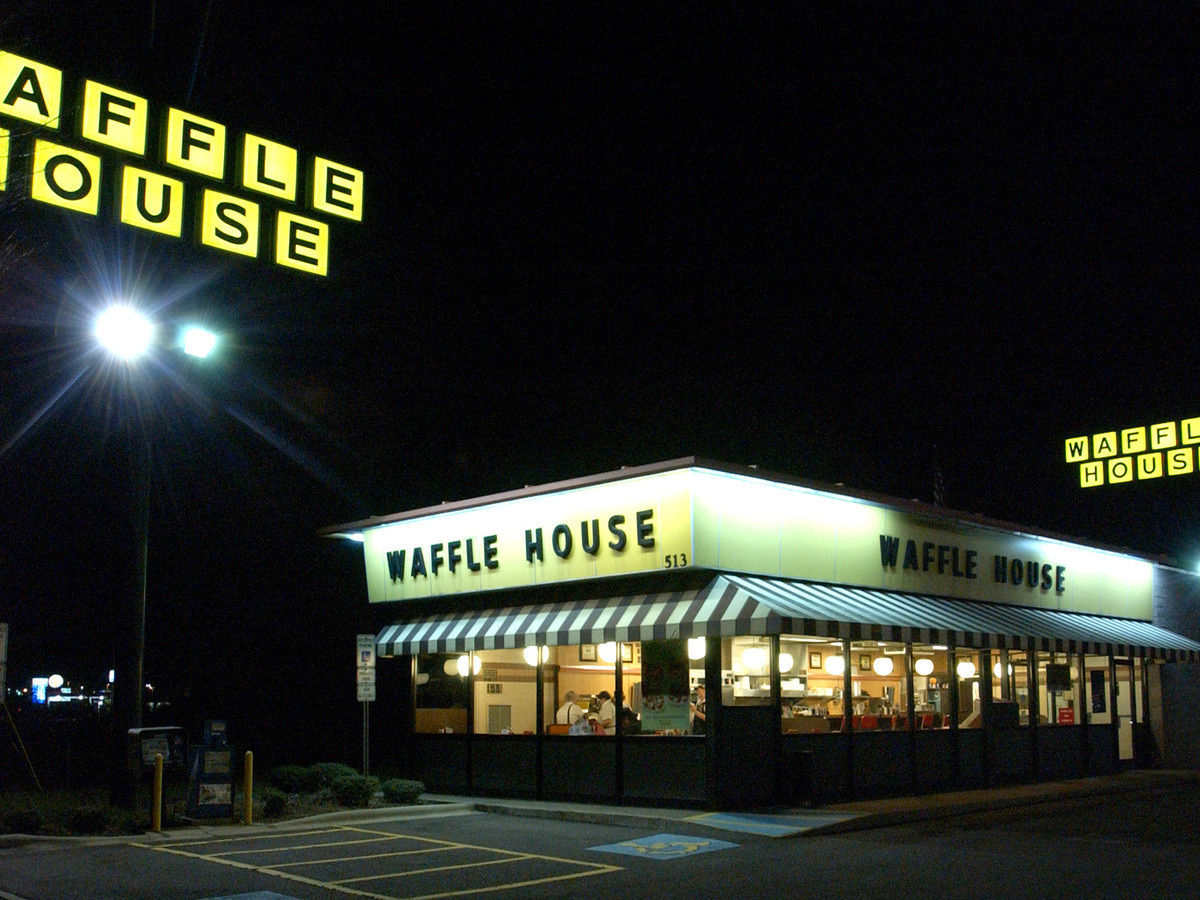 These are the best waffle houses for watching the solar for Waffle house classic jukebox favorites