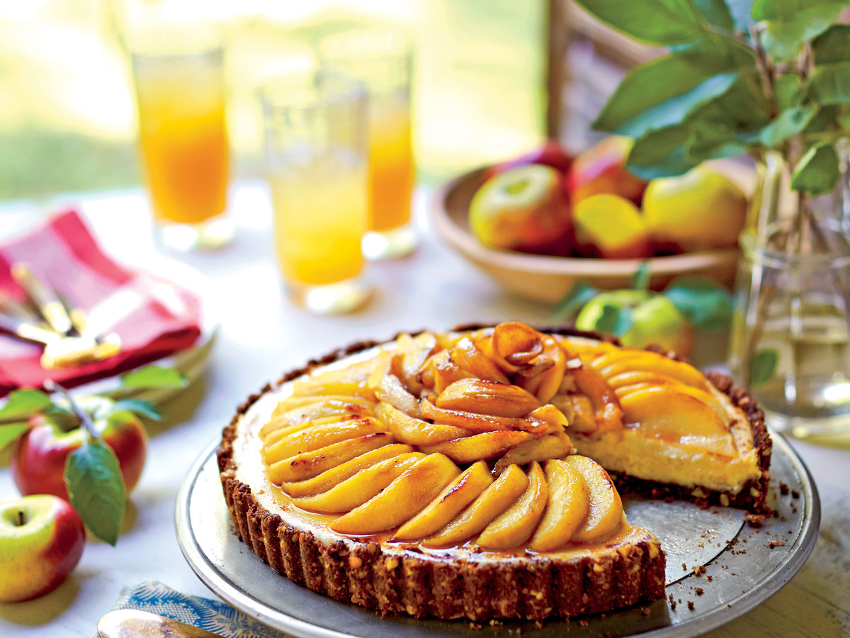 Caramel Apple Cheesecake Tart Recipe