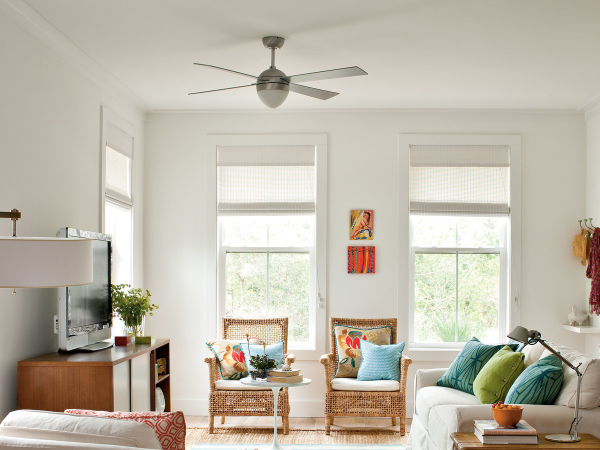 Don T Forget To Reverse Your Ceiling Fan Direction For Summer Southern Living