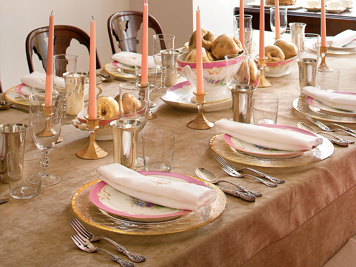 How to Set a Formal Dinner Table the Southern Way