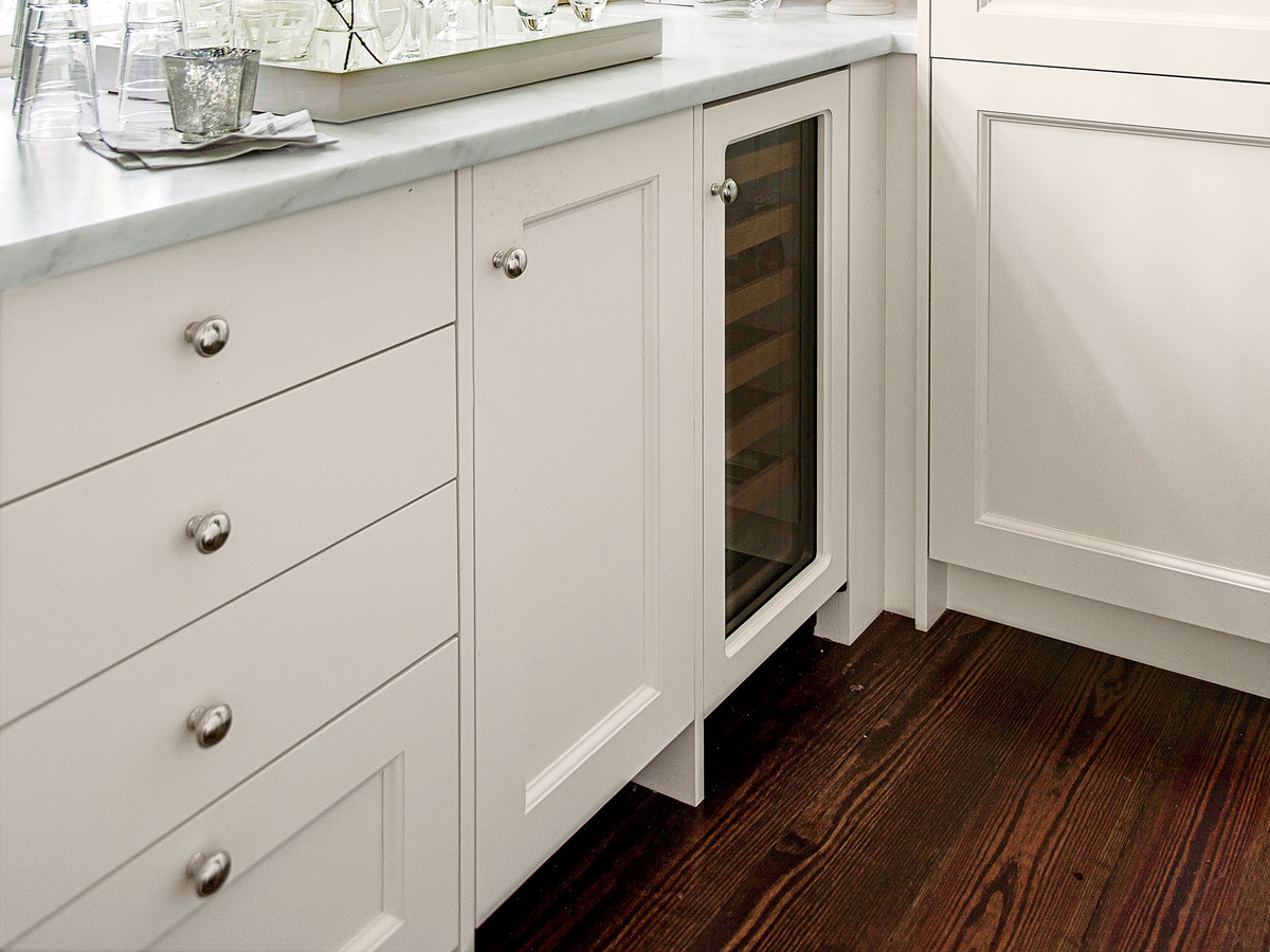 Why The Placement Of Your Cabinetry Knobs And Pulls