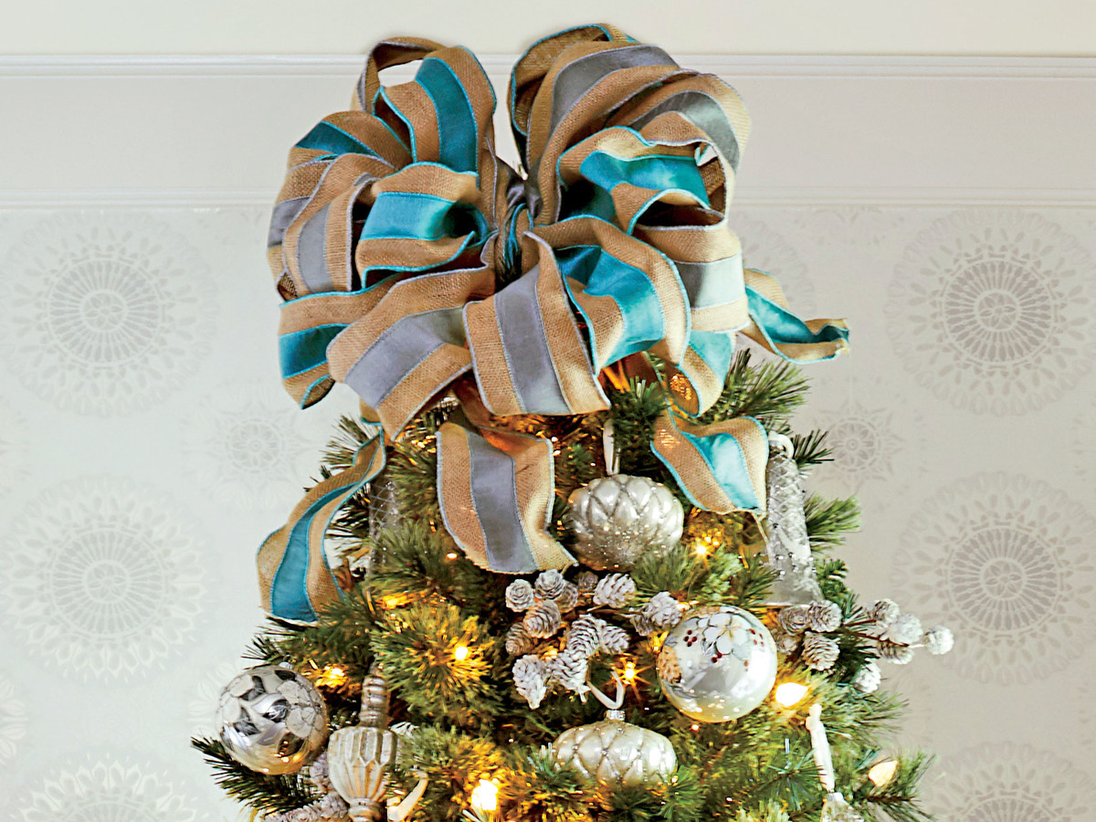 Large Bow Christmas Tree Topper