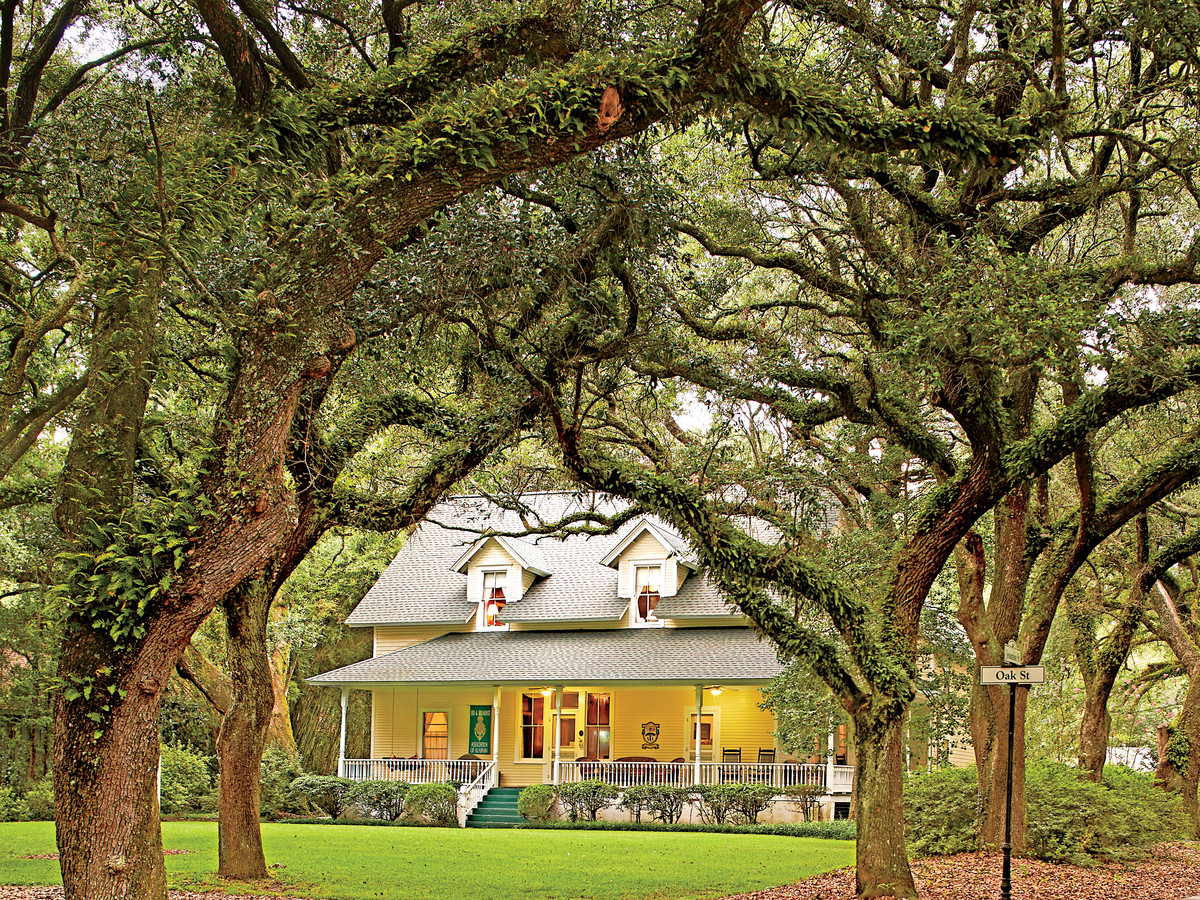 Magnolia Springs Bed and Breakfast in Alabama