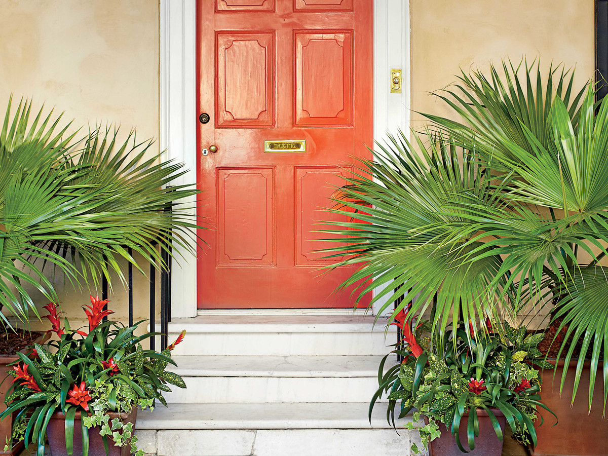 Charleston Door, Tomato Red