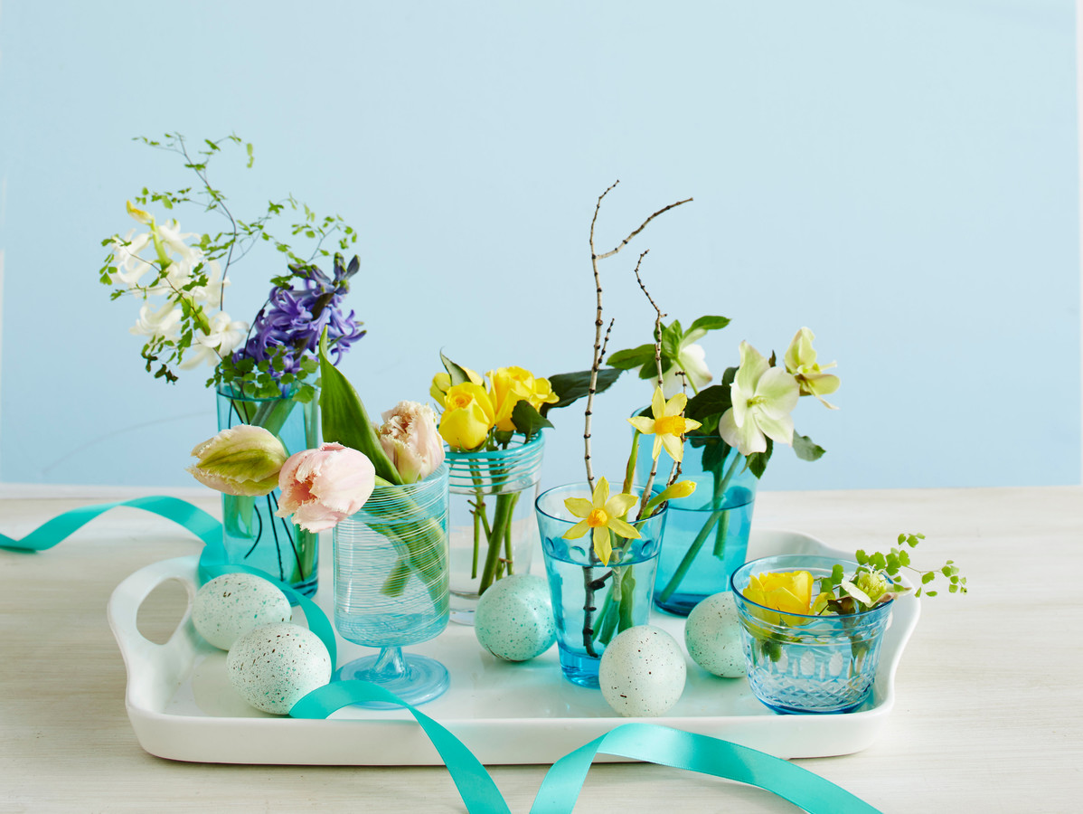 Easter Flower Arrangement Tiny Vases