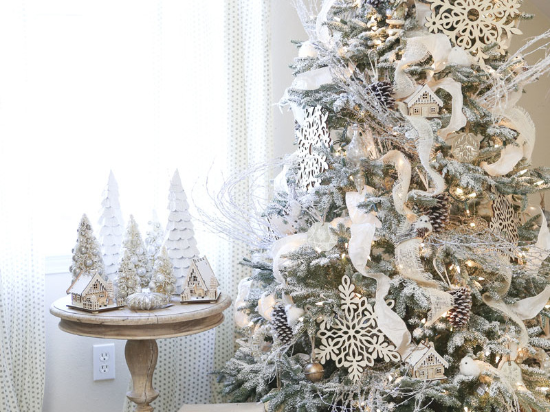 how to flock a christmas tree in 8 simple steps southern living