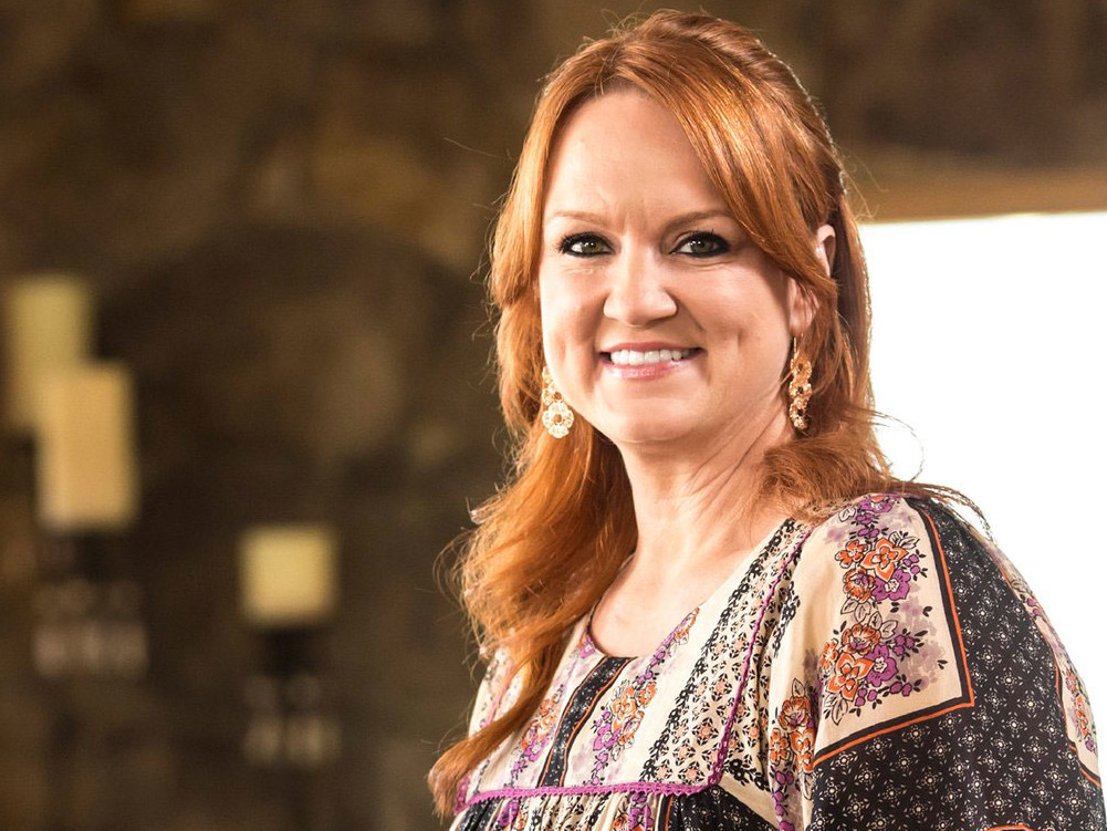 How to make a party tray like ree drummond for the for The pioneer woman magazine subscription