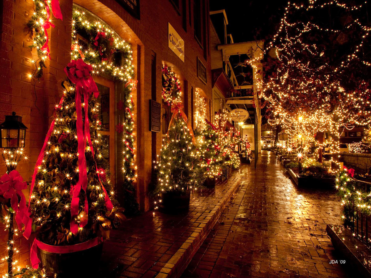 Visit Dahlonega This Christmas