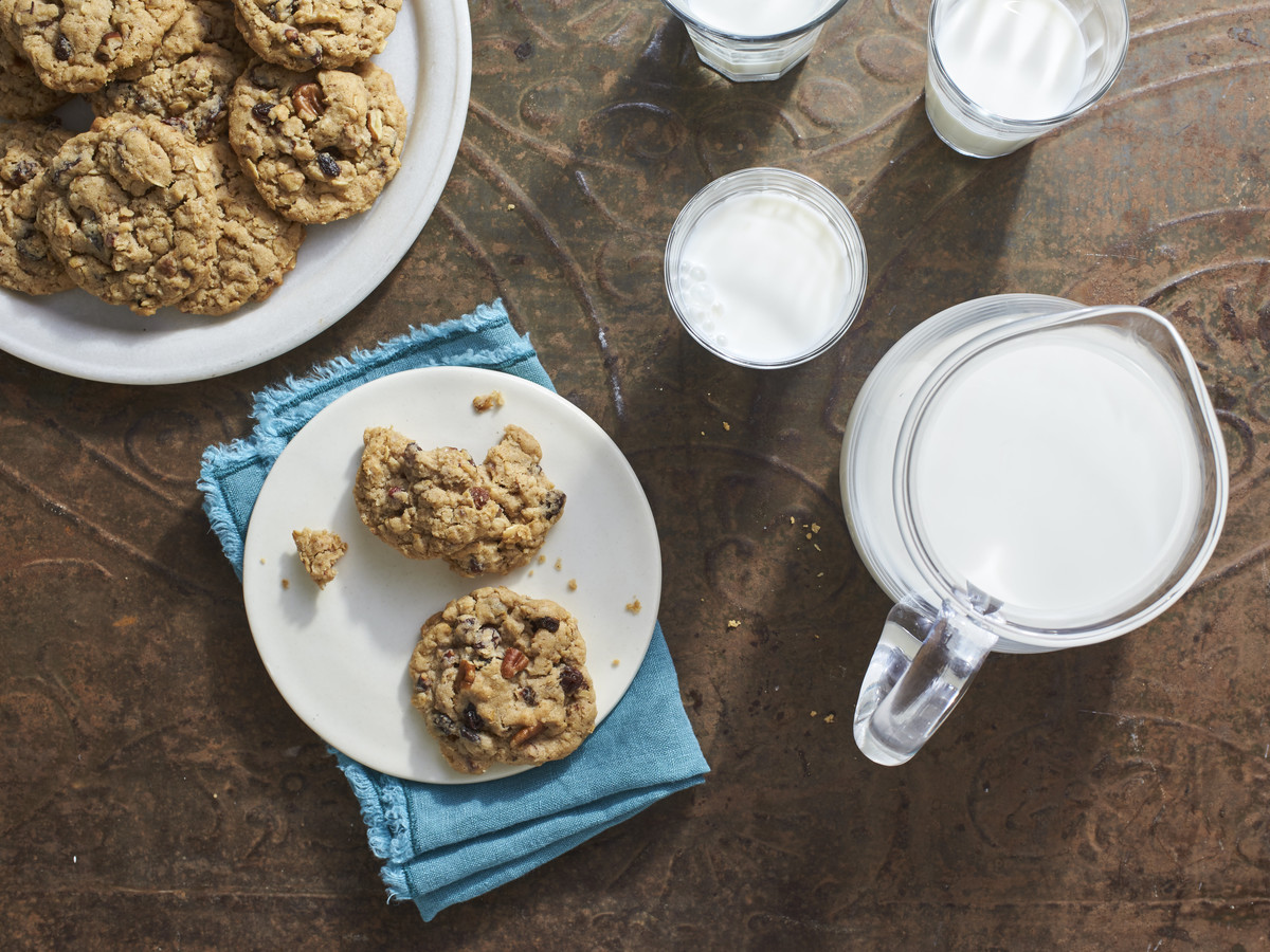 Toasted Oatmeal Cookies Recipe - Southern Living