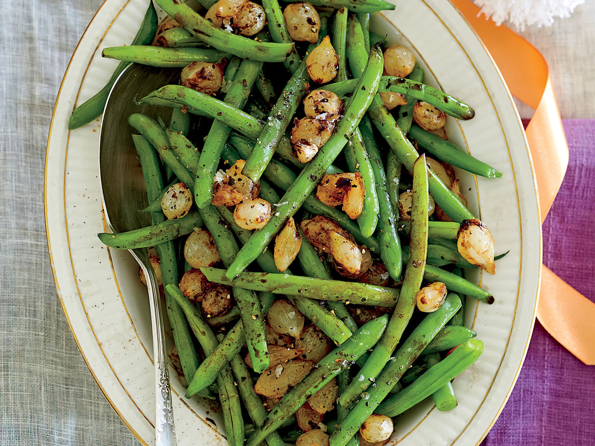balsamic green beans with pearl onions recipe southern living