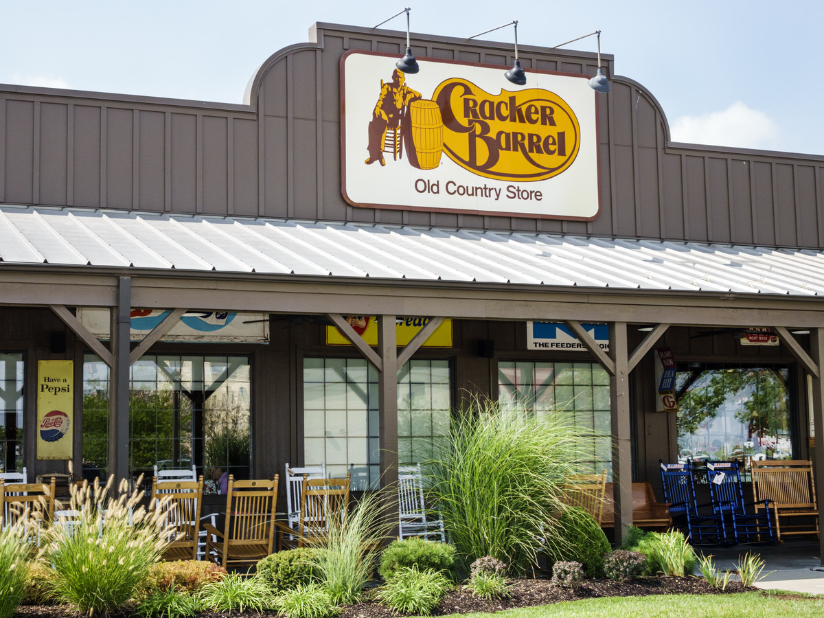 Cracker Barrel Restaurant Entrance
