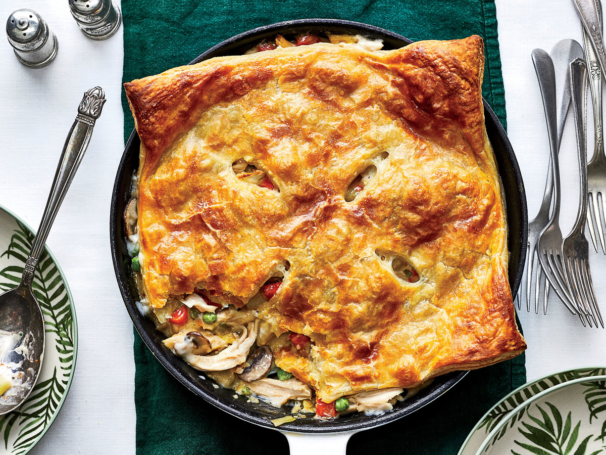 Skillet Chicken Pot Pie with Leeks and Mushrooms Recipe