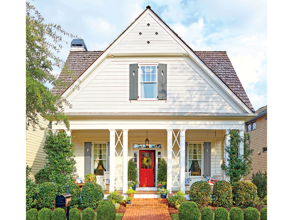 How To Make Over Your Home's Curb Appeal with an Inviting Entry