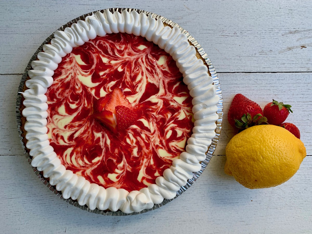Strawberry Lemonade Pie