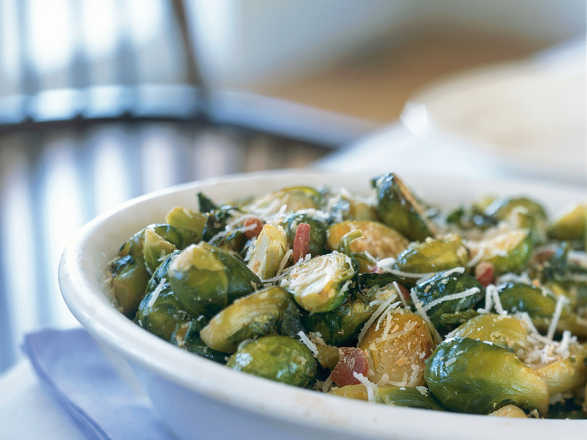 How to Make Brussels Sprouts in the Slow Cooker