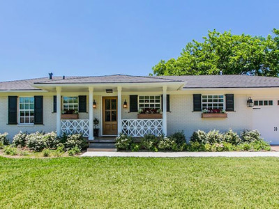 Fixer Upper Woodway Home for Sale