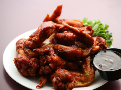 Super Bowl Wings: Fat But Pricey