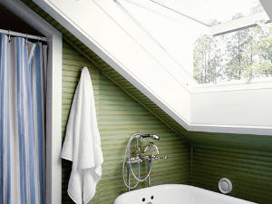 Clever Ideas in a Compact Bath