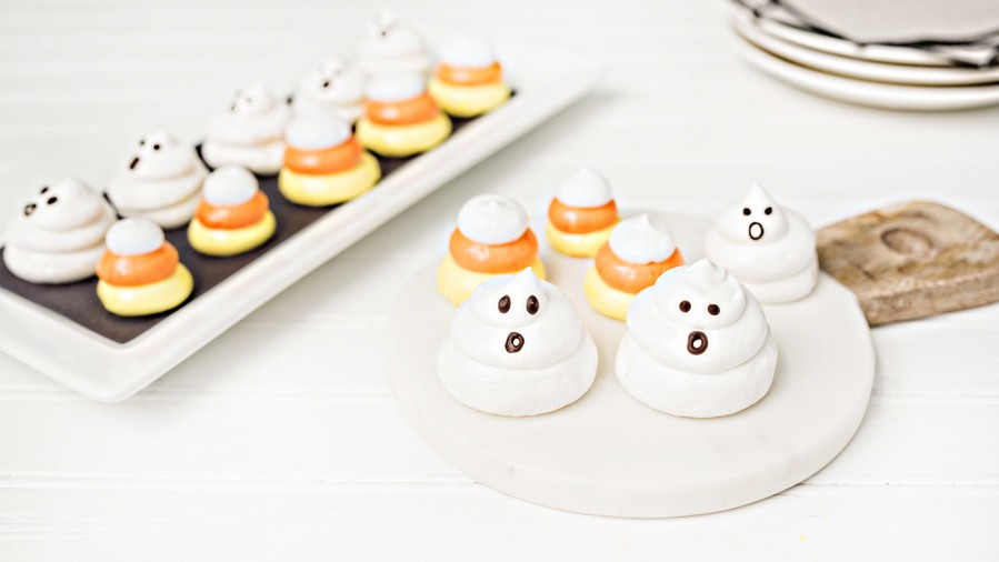 RX_1608_Boozy Halloween Treats_Boozy Ghost Meringues