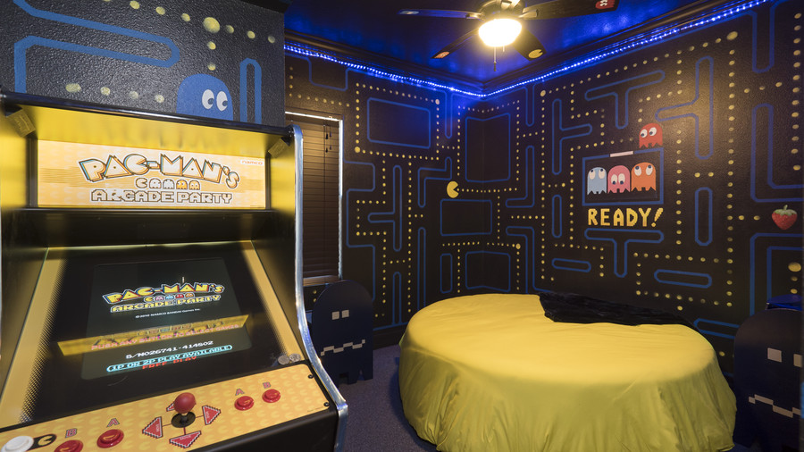 Pac-Man Bedroom