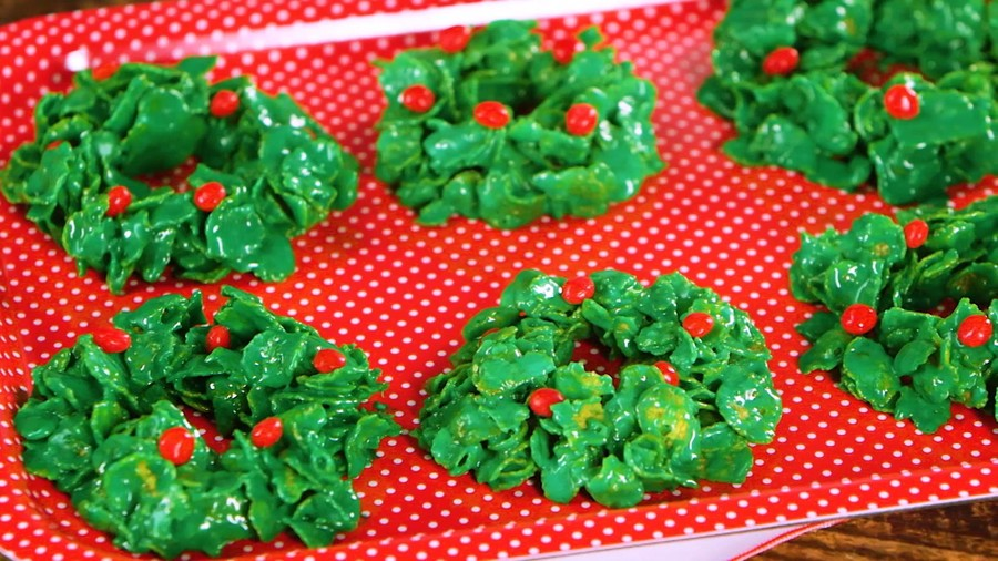 Cornflake Wreath Christmas Cookies