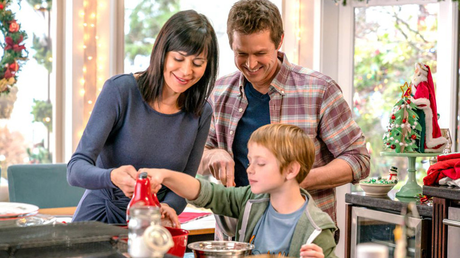 Here's When All 33 Hallmark Christmas Movies Will Air
