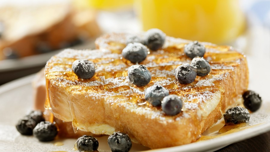 PEACH & BERRY FRENCH TOAST
