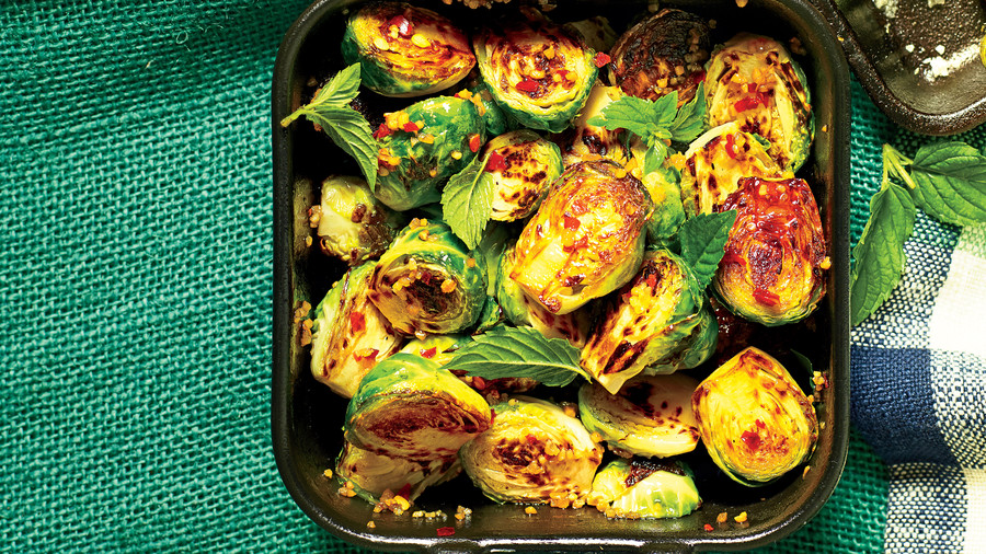 Cast-Iron Blistered Brussels Sprouts Recipe