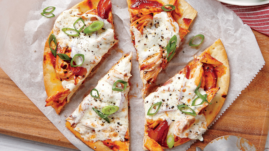 RX_1805_Weeknight Dinners Using Shredded Chicken_Quick BBQ Chicken Pizzas