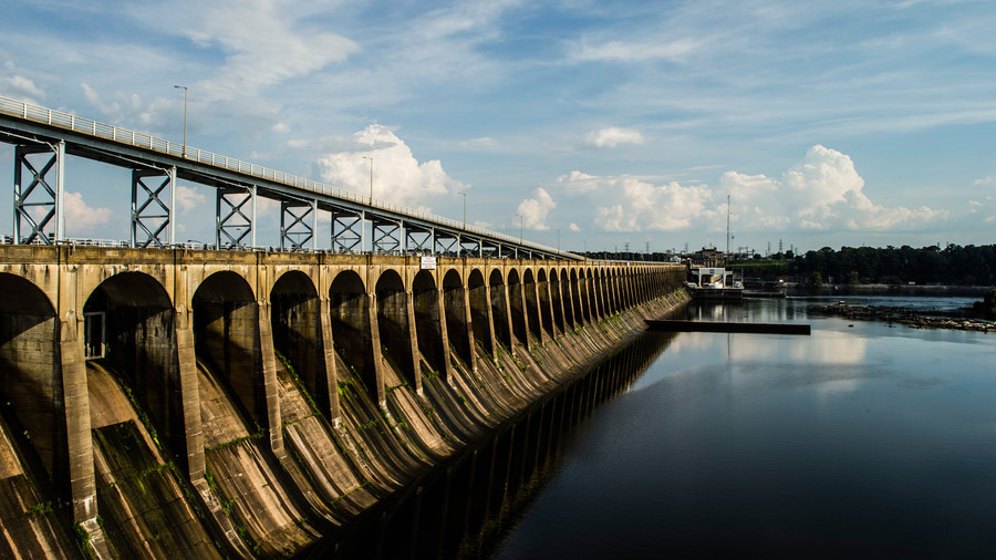 Wilson Dam and Lake. Florence, Alabama. Muscle Shoals.