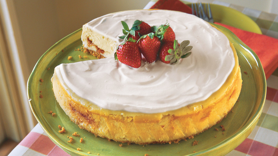 St. Patrick's Day Recipes: Irish Strawberry-and-Cream Cheesecake
