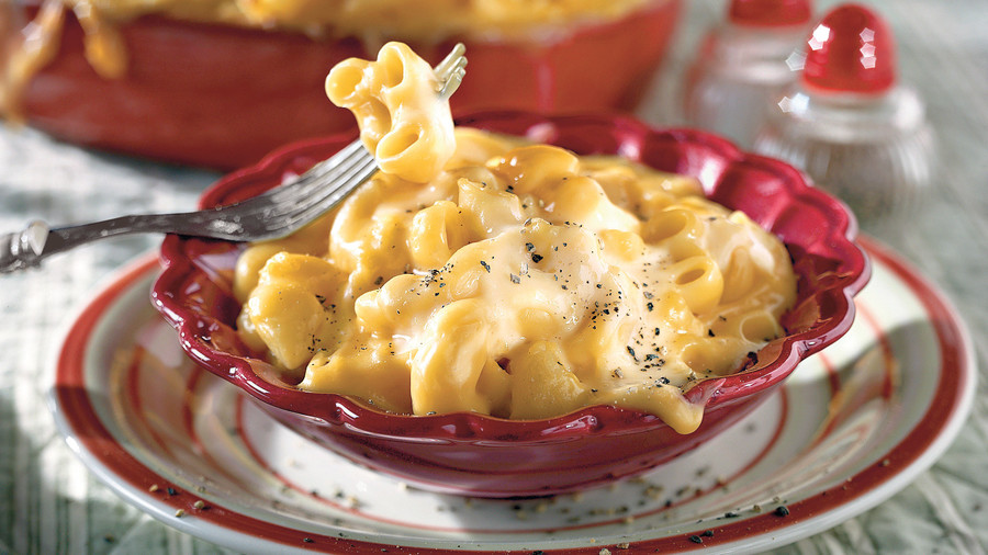 Thanksgiving Dinner Side Dishes: Golden Macaroni and Cheese Recipe