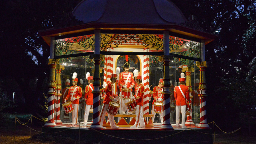 The 12 Days of Christmas at the Dallas Arboretum and Botanical Garden