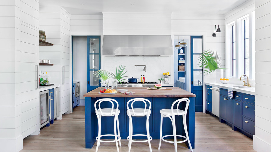 Kitchen inspiration southern living for Red white and blue kitchen ideas