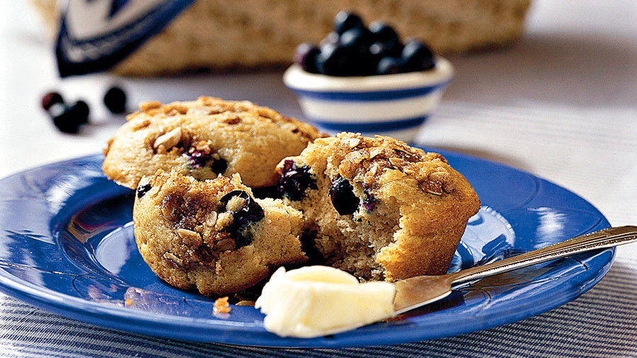 Muffins and Bread Recipes: Blueberry Cinnamon Muffins