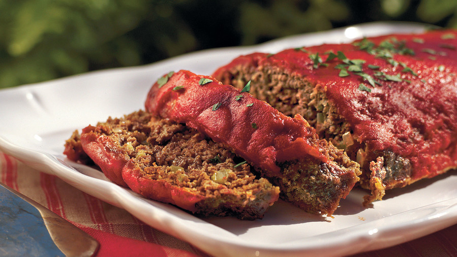 Ground Beef Recipes: Old-fashioned Meatloaf