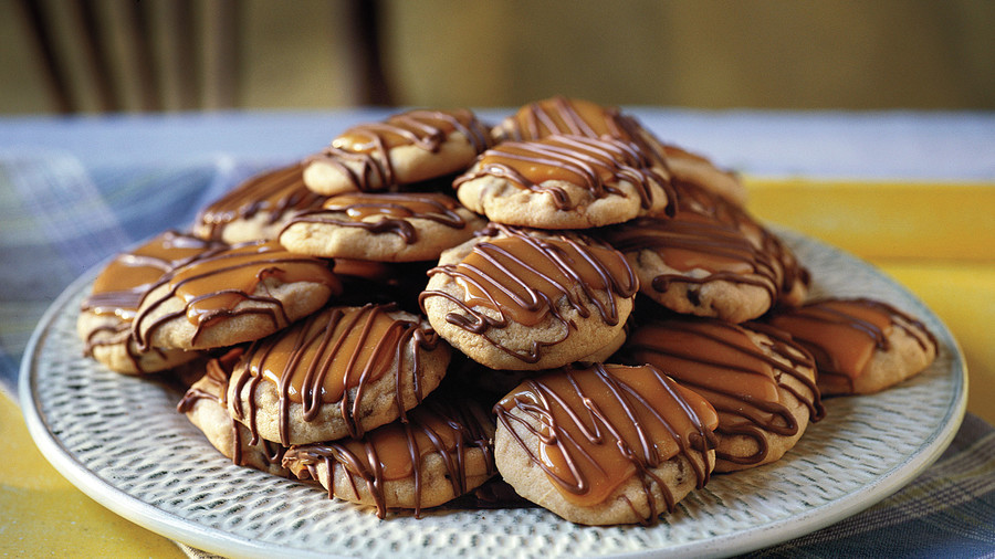 Best Cookies Recipes: Peanut Butter-Toffee Turtle Cookies Recipes
