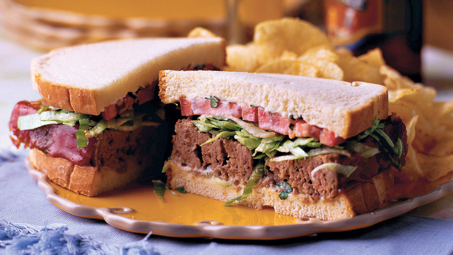Basil-Tomato Meatloaf Sandwich