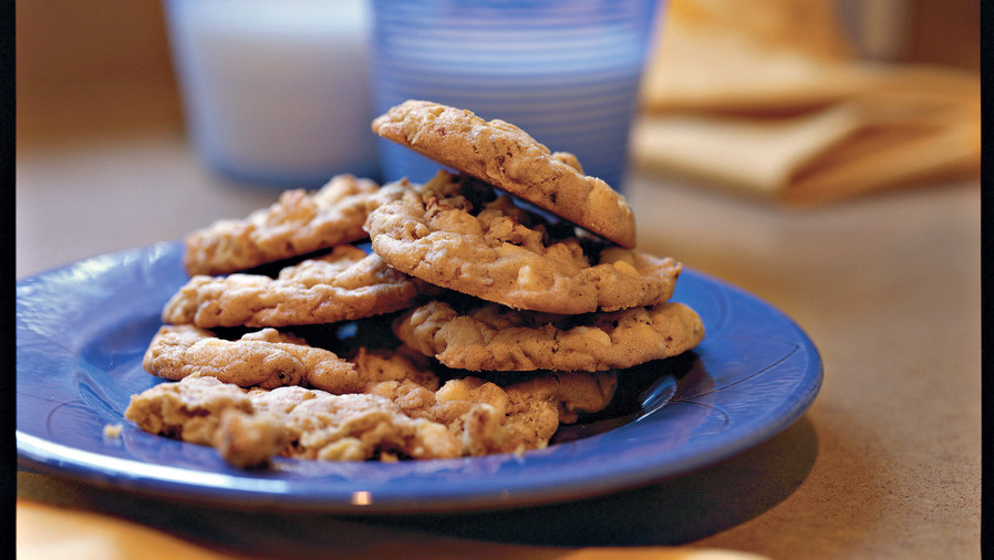 Best Cookies Recipes: White Chocolate Chip-Oatmeal Cookies Recipes