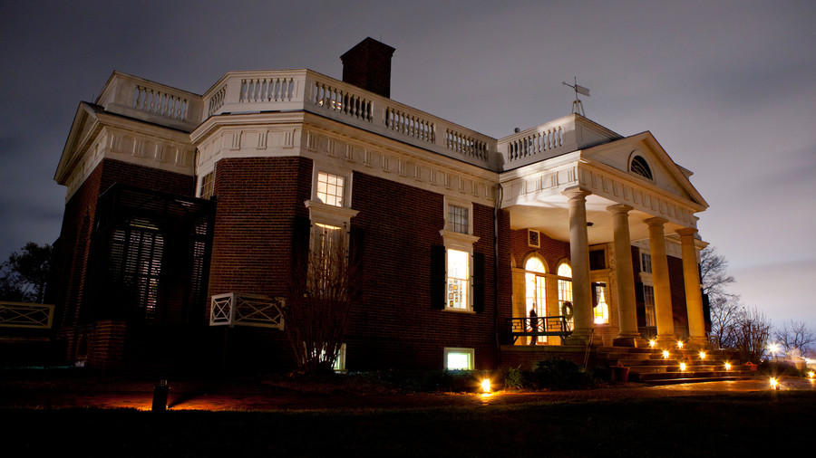 Holiday Evening Tours at Monticello