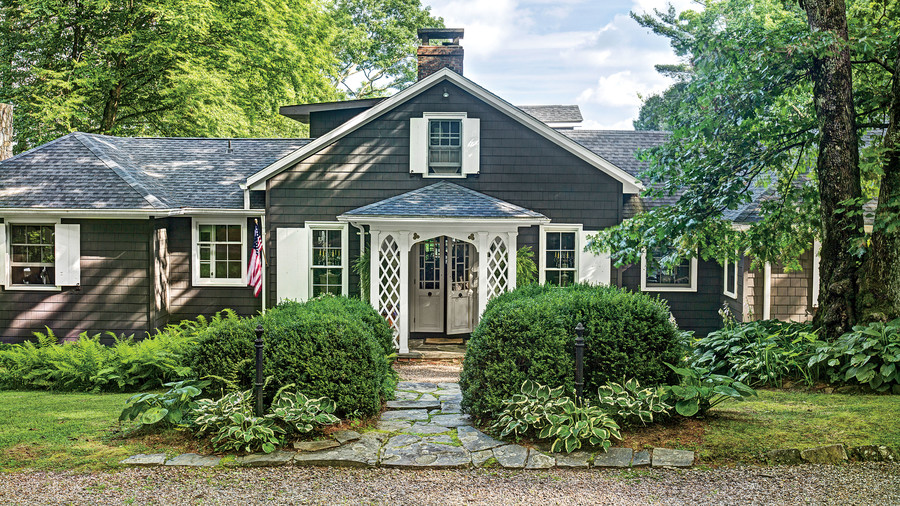 Norman askins 39 mountain cottage southern living for Wrap house covington