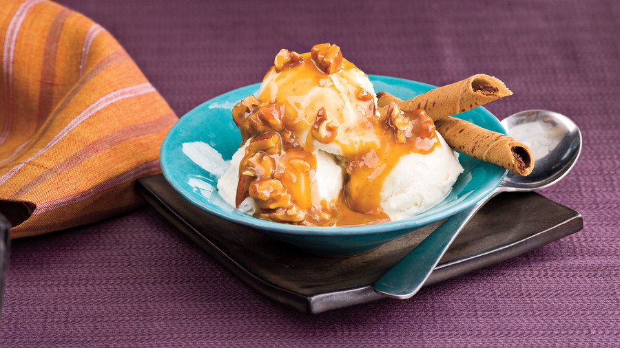Hot Caramel-Pecan Topping