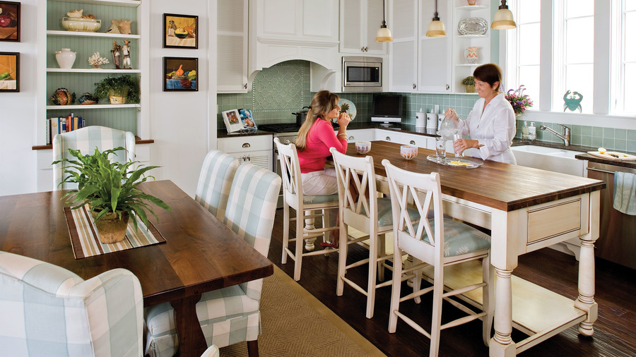35 Of 110 Cooking And Eating Areas Merge In This Space While An Open Island Makes It All The More Breezy