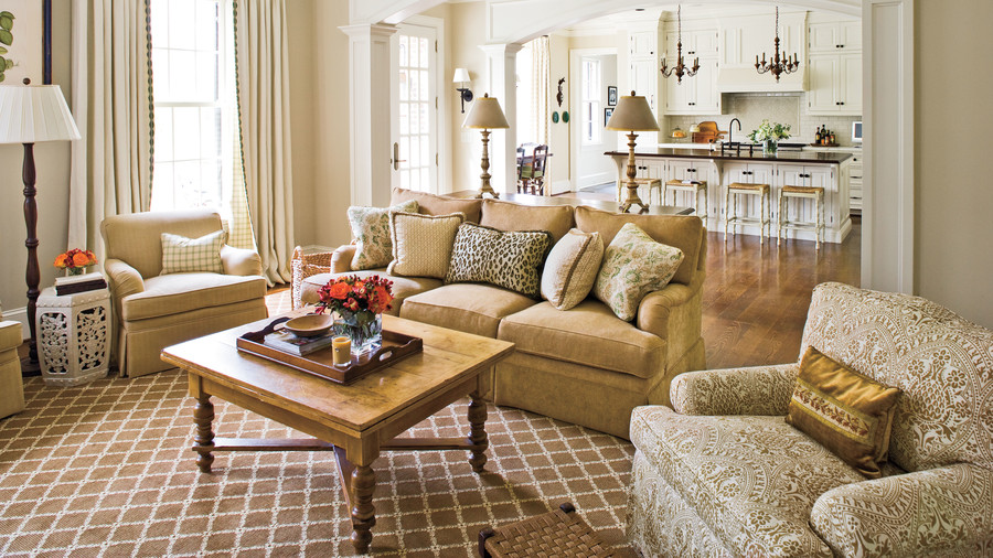 Tradtional Southern Family Room